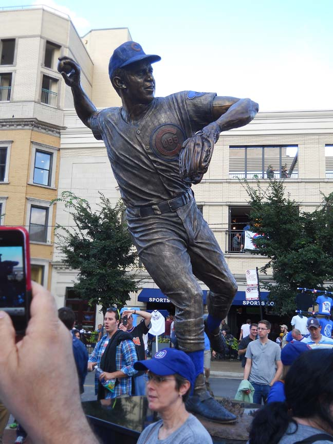 Ron Santo Statue, Wrigley Field, Chicago Cubs, photo