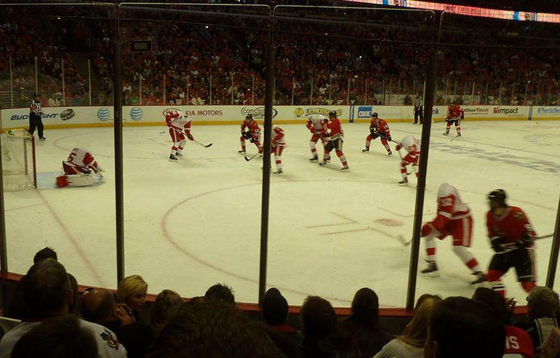 Red Wings vs. Blackhawks3