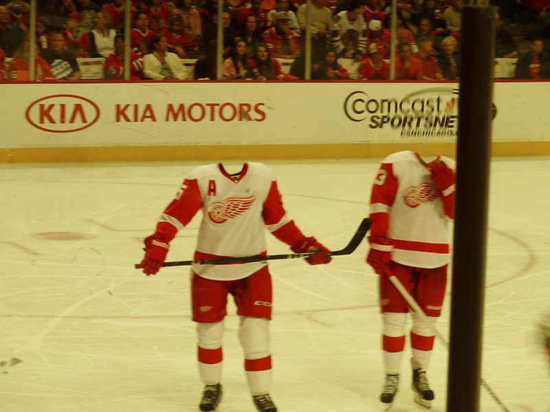 Red Wings vs. Blackhawks1