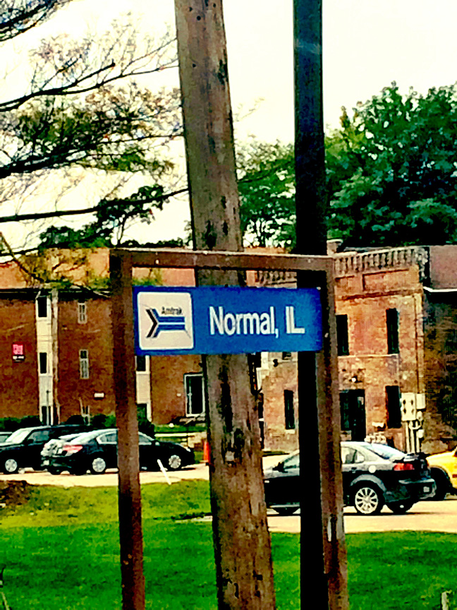 T normal illinois sign, train
