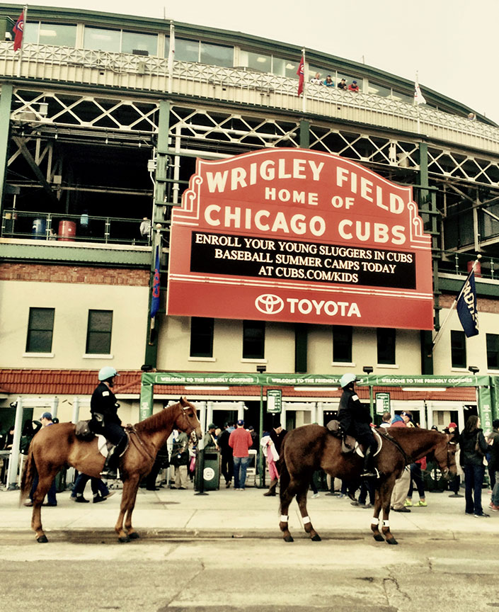 Cops-on-horseback-in-front-of-Wrigley